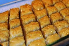 Baklava originated in Greece or Turkey. Baklava is a confection.honey and nuts. I mitigate the amount of sweetness, I don't make syrup. Nigella, Sweet Desserts, Dessert Recipes, Cake Recipes, Individual Desserts, Amish Recipes, Turkish Baklava, Great Recipes, Favorite Recipes