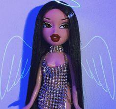 81 images about 𝒷𝓇𝒶𝓉𝓏 on We Heart It Bratz Doll Makeup, Bratz Doll Outfits, Bad Girl Wallpaper, Cartoon Wallpaper, Bad Girl Aesthetic, Purple Aesthetic, Aesthetic Fashion, Black Bratz Doll, Fille Gangsta