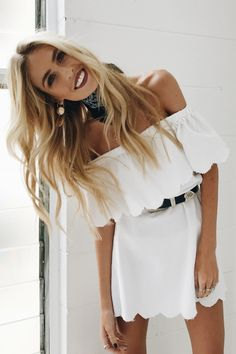 Discover the latest in women's fashion at Verge Girl. Styles include, dresses, jeans, jackets & accessories from Australian & international designers