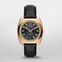 HERITAGE - SEA DRAGON As one of ZODIAC's most beloved collections, Sea Dragon excels with this timelessly stylish update. Dark grey leather pairs with rose gold-tone plating for a sleek, minimal style statement sure to impress.