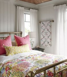 Sarah Richardson Design - Sarah's Cottage - East Guest Bedroom (i have this duvet.love those pillows and the brass bed) Cozy Cottage, Cottage Living, Lake Cottage, White Cottage, Cottage House, Shabby Cottage, Farm House, Brass Bed, Brass Pipe