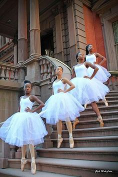 Black Ballerina's at the Union League building. A Philadelphia historical landmark. Black Girl Art, Black Women Art, Black Girls Rock, Black Girl Magic, Black Art, Lil Black, Black Dancers, Ballet Dancers, Afro