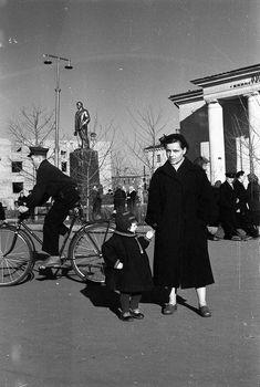 Из семейного альбома. На центральной площади, 1959 год Concert, Concerts