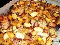 Tepsis zöldségek csirkecombbal