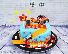 Best Birthday Cake Ideas For Baby's First Birthday – Party And Me Hot Wheels Cake, Hot Wheels Party, Baby First Birthday, 3rd Birthday Parties, Homemade Pizza Rolls, Hot Wheels Birthday, Cake Board, Cool Birthday Cakes, Love Cake