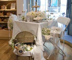 Picnic Basket Banter: Nadine Louw and Katy Drinkwater, Flowers & Company Diner en Blanc Philadelphia