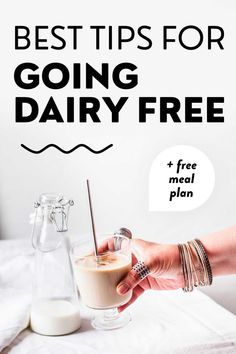 Want to go dairy free? This full guide shows you the benefits and steps to a dairy free lifestyle. Find the best dairy free products replacing common ingredients as well as the best recipes and meals for breakfast, lunch, sinner, dessert and snacking! Going dairy-free can lead to a healthy & enjoyable lifestyle, so what are you waiting for? Hint: The article includes a free 7-day dairy-free meal plan, so definitely check out this resource. Dairy Free Recipes Healthy, Dairy Free Diet, Vegan Recipes, Vegan Nutrition, Nutrition Tips, Dairy Free For Beginners, Free Diet Plans, Fiber Rich Foods, Healthy Lifestyle Tips