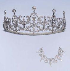 A fine Belle Epoque diamond tiara-necklace