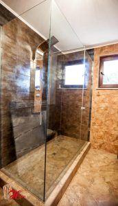Tratamentul anticalcar   Herra Design Divider, Bathtub, Bathroom, Furniture, Design, Home Decor, Standing Bath, Washroom, Bathtubs