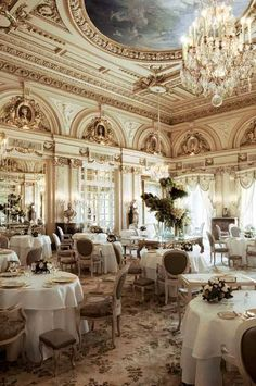 Hotel de Paris - One of the many exquisite restaurants that cater to the crème de la crème of the fashion world.  | French Charmed     ᘡղbᘠ