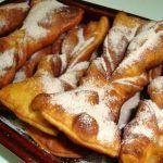 Torcidos com Canela e Açúcar