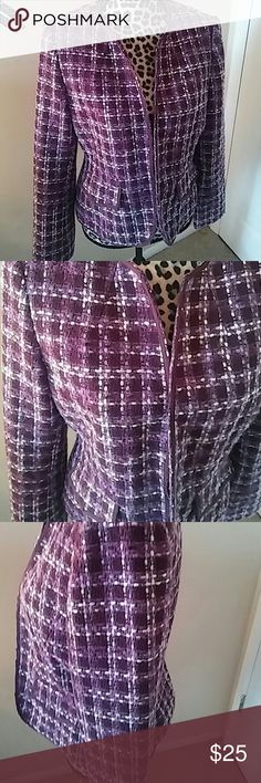 Ann Taylor blazer,tweed in shades of purple,s 10 Wonderful like new blazer Very nice quality and detail Tweed is shades of purple and lilac Short length Great with jeans and really nice high quality Ann Taylor Jackets & Coats Blazers