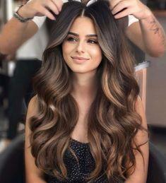 Long Hair Highlights, Brown Hair Balayage, Hair Color Balayage, Balayage Brunette, Balyage Long Hair, Asian Balayage, Brown Ombre Hair, Lowlights On Brown Hair, Haircolor