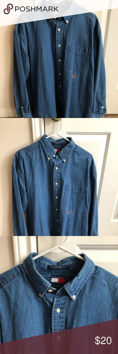 Old fashioned Tommy Hilfiger Shirt Great condition Tommy Hilfiger shirt, size M. Fits loose Tommy Hilfiger Shirts Casual Button Down Shirts