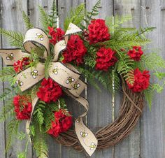 Red Wreath Spring / Summer Wreath Bumble Bee by HornsHandmade