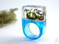 Aquarium Prächtiger Fische-Ring mit silbernen Zierfischen