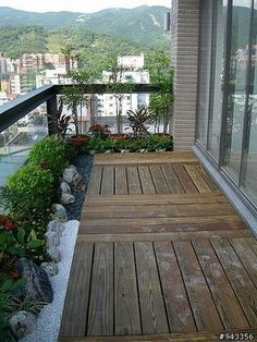 20 Amazing Balcony Design Ideas On A Budget When building a balcony or terrace there are a number of structural concerns that must be addressed This is especially true if you intend to use thi Garden Garden apartment Garden ideas Garden small Small Balcony Design, Small Balcony Garden, Small Balcony Decor, Balcony Plants, Outdoor Balcony, Small Balconies, Balcony Gardening, Apartment Balcony Garden, Apartment Balcony Decorating