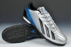 Adidas Predator soccer shoes I need new indoors... Hey mom?...(X