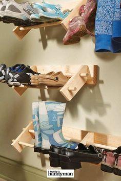 32 Things You Should Never Buy at a Garage Sale Diy Shoe Storage, Diy Shoe Rack, Baby Food Storage, Jar Storage, Storage Ideas, Storage Solutions, Hanging Shoe Organizer, Hanging Closet, Rack Design