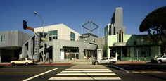... complex into the Edgemar shopping center and the Santa Monica Museum of Art…