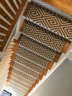 Stair Runner Carpet by the Foot — Stair Railing Design Wall Carpet, Carpet Stairs, Carpet Tiles, Rugs On Carpet, Carpets, Outdoor Stair Railing, Stair Railing Design, Stair Treads, Rustic Stairs