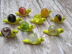 Set of 3 – Marble Miniature Fairy Garden Snails. Fairy Garden Accessories Set of 3 – Marble Miniature Fairy Garden Snails. Polymer Clay Fairy, Polymer Clay Crafts, Polymer Clay Dolls, Diy And Crafts, Crafts For Kids, Recycled Crafts, Teen Crafts, Kids Diy, Snails In Garden