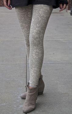 FLORTASTIC leggings. Back in stock!