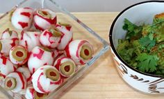 "Halloween Appetizer - Olive Stuffed Radish ""Eyeballs"" with Guacamole: This is such a fun recipe/project for the kids. I like to prepare the radishes and have the kids add the olive slices. These ""Eyeballs"" are one SPOOKY appetizer! Halloween Snacks For Kids, Halloween Appetizers, Halloween Dinner, Halloween Halloween, Clean Eating Snacks, Healthy Snacks, Healthy Recipes, Hallowen Ideas, Weight Loss Snacks"