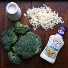 Cheesy Ranch Roasted Broccoli - An easy and versatile low carb side dish recipe that the whole family will love! Only four ingredients in this keto, lchf and Atkins Diet friendly recipe! No Carb Recipes, Cooking Recipes, Free Recipes, Brocolli Side Dishes, Plant Based Recipes, Vegetable Recipes, Low Carb Diet, Paleo Diet, Ketogenic Diet