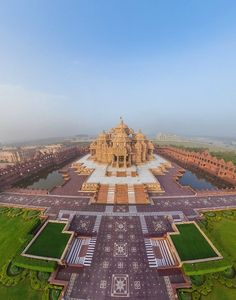 Akshardham is a Hindu temple complex in Delhi, India. The complex displays millennia of traditional Hindu and Indian culture, spirituality, and architecture. The building was inspired and developed by Pramukh Swami Maharaj. 3,000 volunteers helped 7,000 artisans construct it.