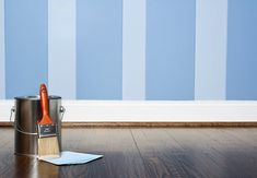 How to paint stripes on interior walls - Home Improvement Projects, Home Projects, Grown Up Bedroom, Master Bedroom, Two Tone Walls, Diy Garage Door, Spray Paint Cans, Old Lights, Paint Stripes