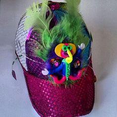Gorras de Fantasía Christmas Ornaments, Halloween, Holiday Decor, Ideas, Craft, Caps Hats, Blouses, Zapatos, Turbans