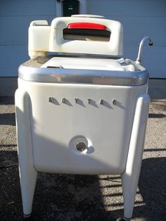 Vintage 1950's Maytag Wringer washer model E2L