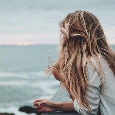 Find images and videos about girl, photography and hair on We Heart It - the app to get lost in what you love. New Hair, Your Hair, Dream Hair, Hair Looks, Pretty Hairstyles, Locks, Hair Inspiration, Hair Makeup, Hair Cuts