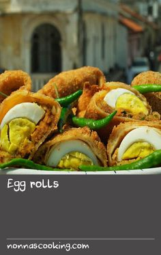 This Sri Lankan recipe consists of pancakes filled with a fish and potato mixture and hard-boiled eggs, which are crumbed and fried to make tasty parcels. Fish Recipes With Dill, Dill Recipes, Egg Recipes, Cake Recipes, Healthy Recipes, Hard Boiled, Boiled Eggs, Fried Cake Recipe, Asian Appetizers