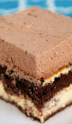 Tiramisu Love Cake