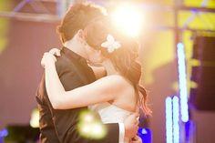 Sin duda el momento del vals es uno de los más emotivos de toda la boda, te compartimos las 20 mejores canciones para tu vals - www.mibodavip.com.mx