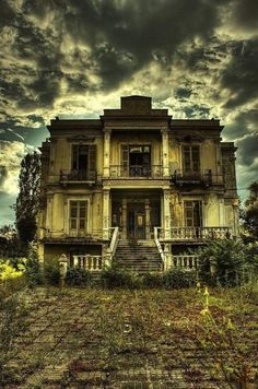 Dark House – Thessaloniki, Greece: This gothic-style building in Greece used as a funeral home then abandoned. Note the creepy iron bars over the doors. Abandoned Buildings, Old Abandoned Houses, Old Buildings, Abandoned Places, Old Houses, Abandoned Castles, Greek Buildings, Spooky House, Creepy Houses