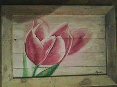 Tulp op hout