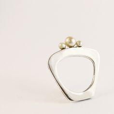67f83901d28b5 Anel trio pérolas    original design by MYNERAL.  pearls  ring  shell   jewellery  jewelry  pearl  silver