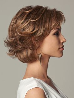 Everyday Elegant by Eva Gabor Wigs – Monofilament, Lace Front Wig – wavy hair Short Hair With Layers, Short Hair Cuts For Women, Layered Hair, Short Textured Hair, Medium Hair Cuts, Medium Hair Styles, Curly Hair Styles, Short Bob Styles, Mom Hairstyles