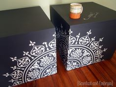 Furniture Tutorial ~ Chalkboard Cubes using Vinyl as a STENCIL! {Sawdust and Embryos}