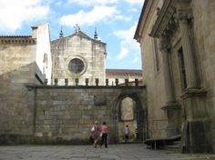 Sé de Braga - Entrada das traseiras e acesso aos claustros.