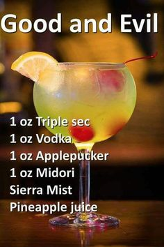 Vodka might be tangled with nearly any element the most popular cocktails by using vodka add the Blimmen Mary, Vodka Martini, Cosmo, Vodka Boost and even more. Liquor Drinks, Cocktail Drinks, Vodka Cocktails, Vodka Martini, Martinis, Refreshing Drinks, Yummy Drinks, Happy Drink, Fancy Drinks