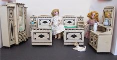 Some Large Scale Vintage Dolls House Furniture by Susan Hale ...