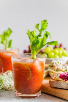 This horseradish bloody mary is slightly spicy, packed full of flavor and the pe., Food And Drinks, This horseradish bloody mary is slightly spicy, packed full of flavor and the perfect addition to any party or this tasty hummus toast brunch bar. Fun Cocktails, Fun Drinks, Yummy Drinks, Alcoholic Drinks, Beverages, Mixed Drinks, Brunch Bar, Bloody Mary Recipes, Best Juicer