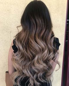 21 Chic Examples of Black Hair with Blonde Highlights Black to Blonde Balayage Hair Black Hair With Blonde Highlights, Hair Highlights, Balyage On Black Hair, Dark Hair, Black And Blonde Ombre, Color Highlights, Bayalage, Blonde Balayage, Ombre Hair