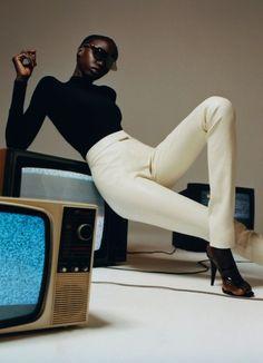"pocmodels: ""Anok Yai by Hanna Moon for i-D Magazine - Autumn "" Fashion Collage, Fashion Art, Mens Fashion, Black Girl Aesthetic, Fashion Poses, Fashion Editorials, Wilhelmina Models, Ear Jacket, Black Models"