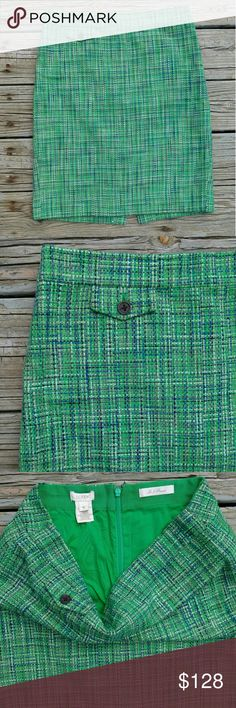 J. Crew No. 2 Pencil Skirt in Caribbean Tweed A true design icon, meticulously shaped and seamed to figure flattering perfection (say hello to mile high legs). Crafted from a summery lightweight tweed in a fresh green shade - you'll love how it's basket weave texture shows off a mix of tropical hues. A charming coin pocket at the waist. Always sharp and to the point!  Sits at waist. Back zip. Coin pocket. Back welt pocket. Lined.   Size 6. 22 inches long. 32 inch waist.  94% cotton. 6%…