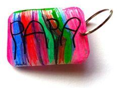 Un porte-clés en plastique fou pour la fête des pères